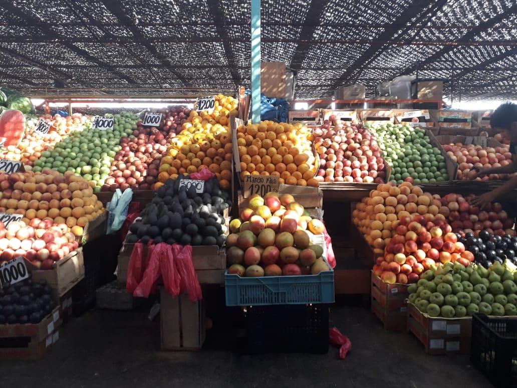 Feria de alimentos en América Latina