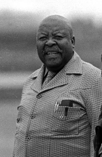 Leabua Jonathan shared diplomatic pleasantries with prime SA minister Hendrik Verwoed and sold Lesotho for grain, the writer says.