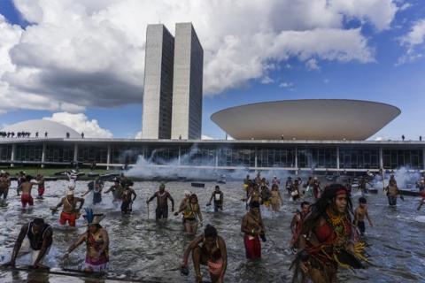 Acampamento Terra Livre – Fotos: Rogério Assis