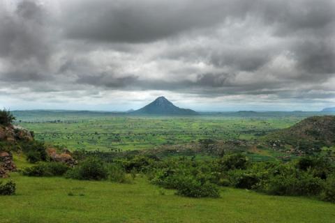 10_travel to Zomba 049_rain cloudds over Malawi.jpg