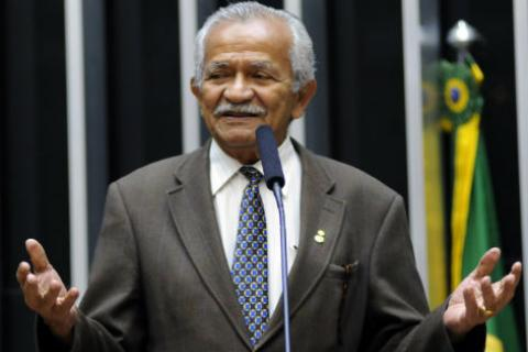 O deputado apresentou sete emendas ao texto da MP, atendendo sugestões do Fórum Nacional pela Reforma Urbana