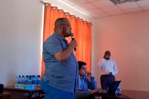 Lamu leaders during a meeting on Lokichar to Lamu crude oil pipeline project. FILE PHOTO | NMG