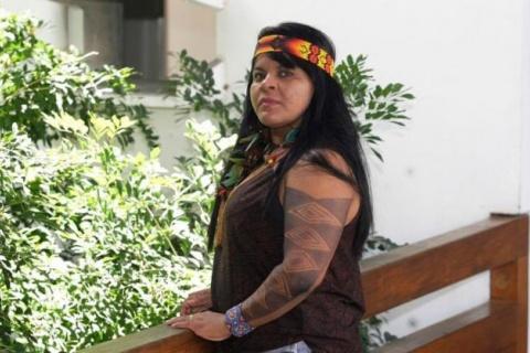 """Para Sônia Guajajara, os indígenas vivem uma """"guerra constante"""" no Brasil"""