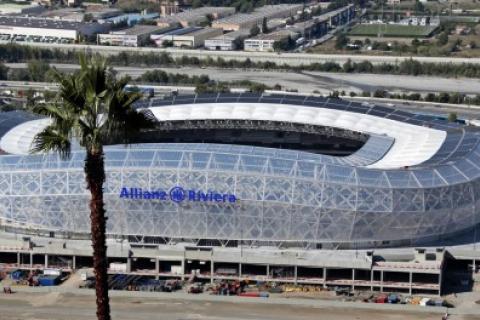 Le stade Allianz Riviera de Nice, en 2013. La maison des Venturino-Carabalona se trouve sur le tracé d'une route devant relier le stade au front de mer pour l'Euro 2016.@ Eric Gaillard / REUTERS Droits réservés