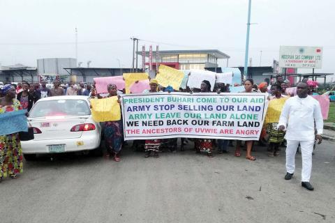 Nigerian women protest land grabbing