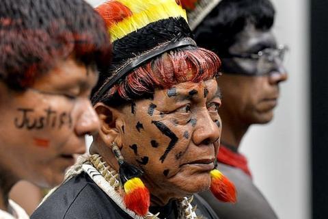 Foto: JOSÉ CRUZ / ABR; Indígenas acompanham, na Câmara, eleição da mesa diretora da CPI da Funai e Incra: ameaça real às terras demarcadas