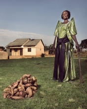 Latifa, family farm owner in Uganda, photo by the World Bank, CC BY-NC-ND 2.0 license